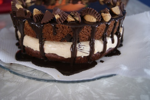 Top with more peanut butter cups if you like (you like).
